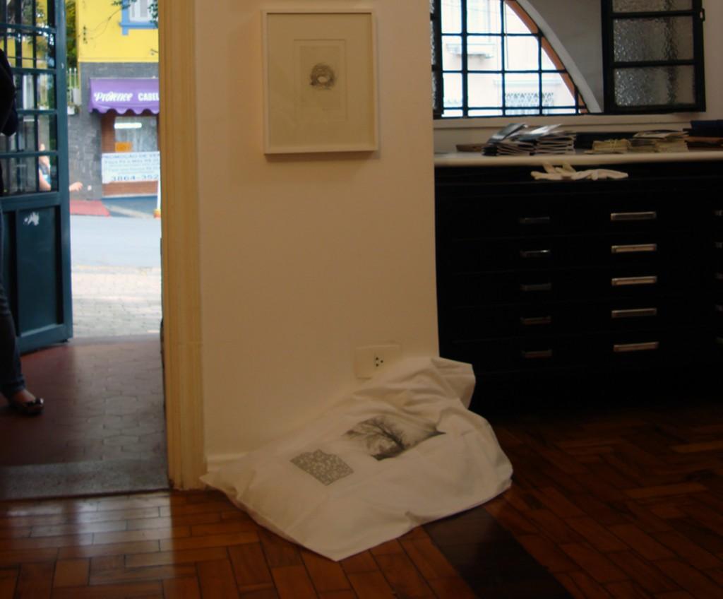 1/10 - Galeria Gravura Brasileira Rua Dr. Franco da Rocha, 61 Perdizes São Paulo, SP 05015-040