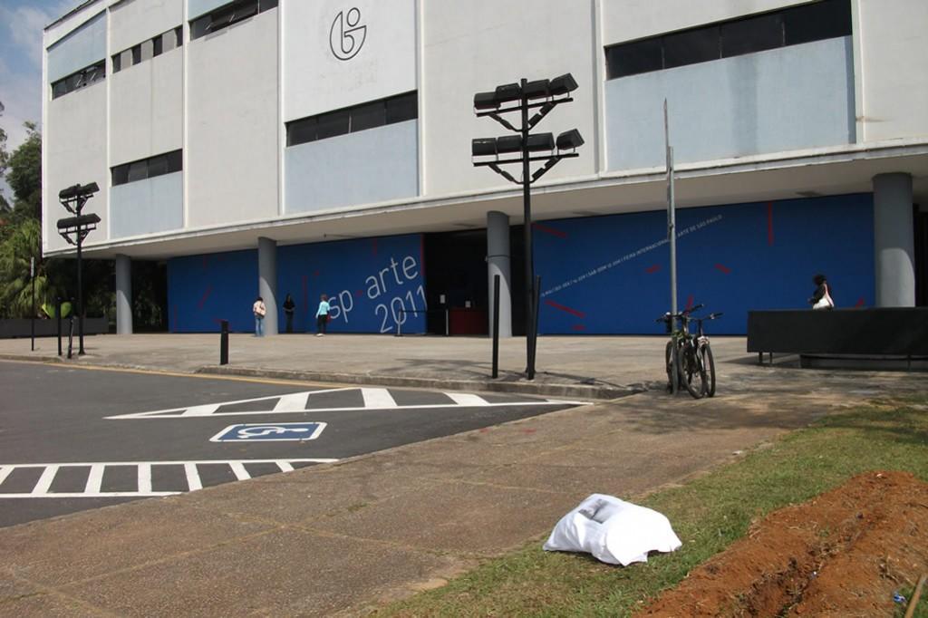 10/10 - SP Arte / Fundação Bienal de São Paulo Parque Ibirapuera Ibirapuera São Paulo, SP 04098-900